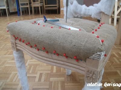 r fection de si ges tapisserie d 39 ameublement. Black Bedroom Furniture Sets. Home Design Ideas